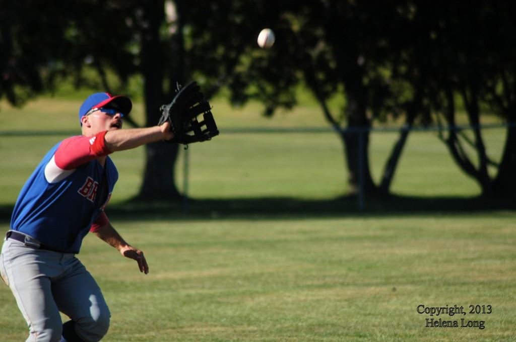 Bruno Bison fielder