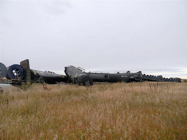 ttrain anker cars derailed
