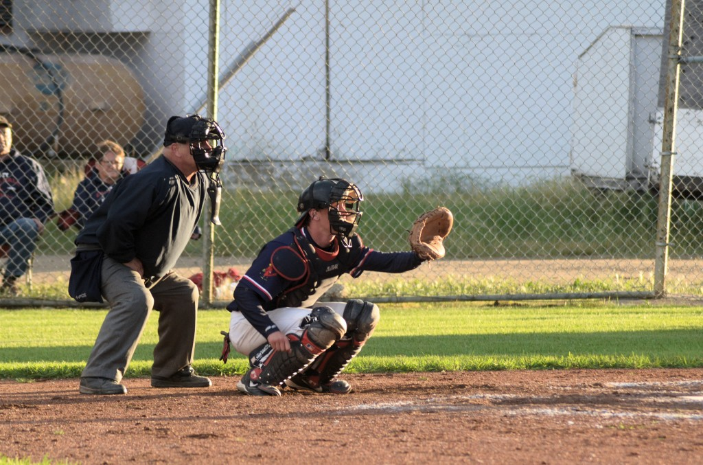 cardinal catcher