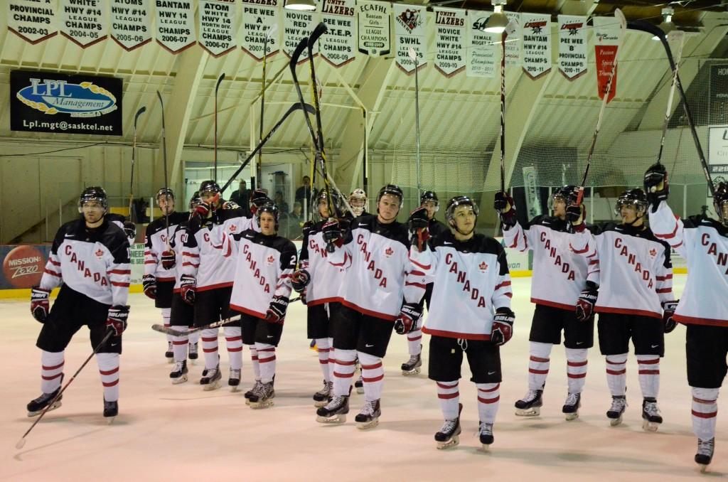 hockey salute H