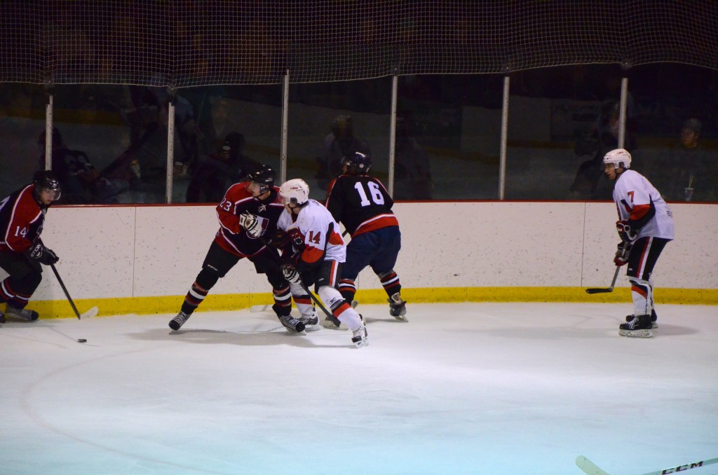 miners puck battle